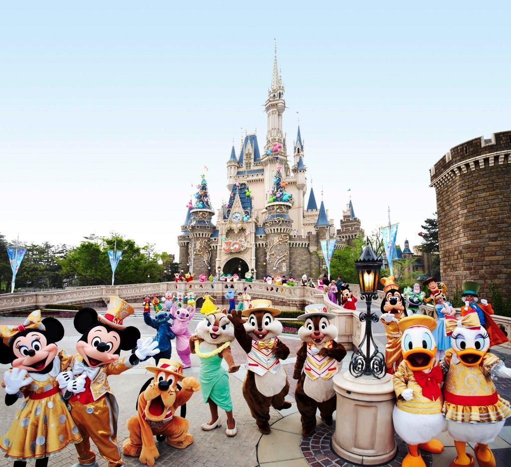 篠山紀信氏が撮影した写真の一例 (c)Disney
