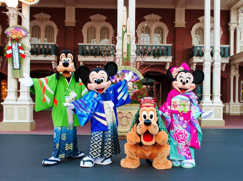 東京ディズニーランド 東京ディズニーシーのお正月 (c)Disney