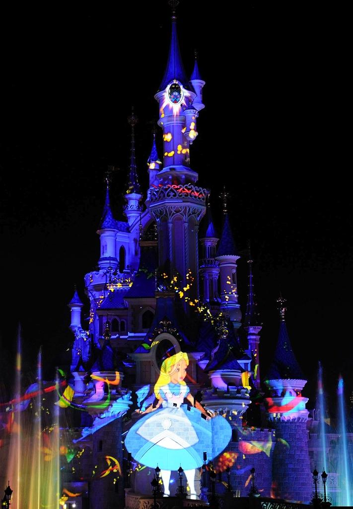 ディズニーランド・パリの「Disney Dreams!」(c) Disney