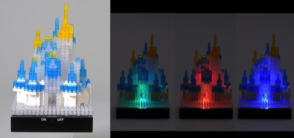 ナノブロック(光るシンデレラ城)3800円 (c)Disney