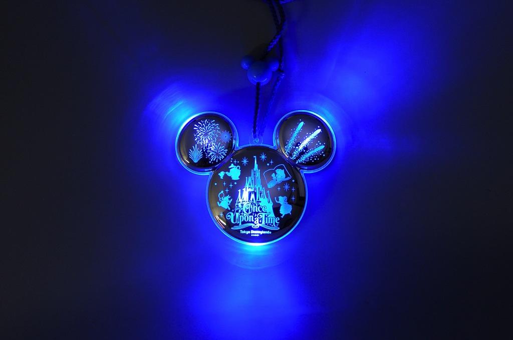 トゥインクルペンダント (c)Disney