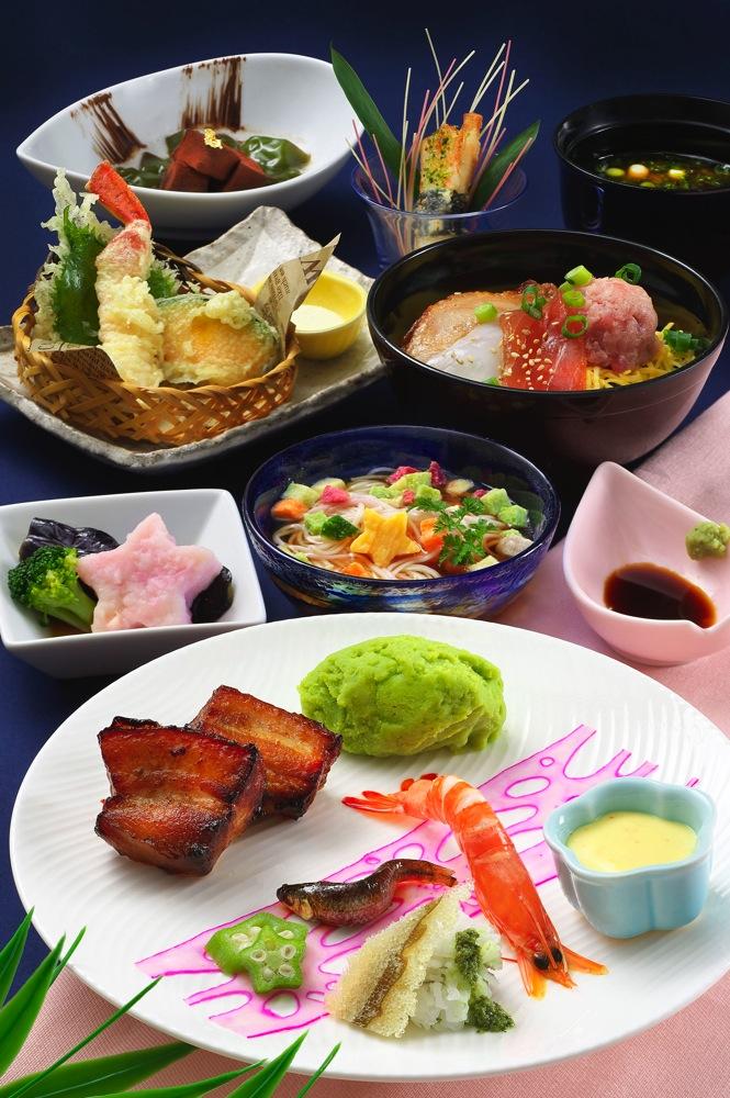 レストラン櫻 スペシャルセット 2880円 (c)Disney