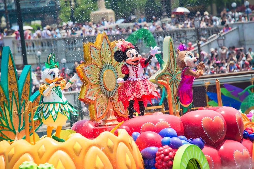 ミニーのトロピカルスプラッシュ (c)Disney