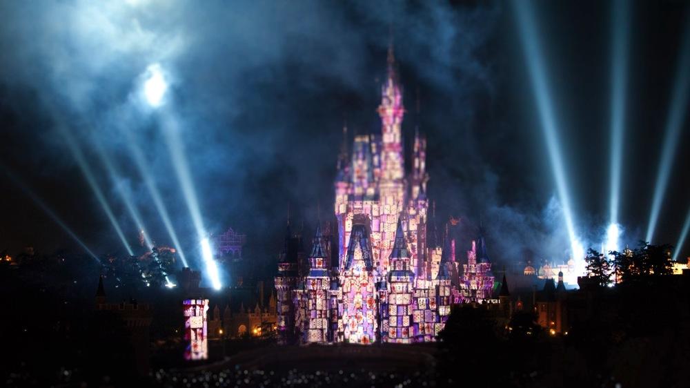 「110秒で東京ディズニーランドの一日をまとめてみたら...」より (c)Disney