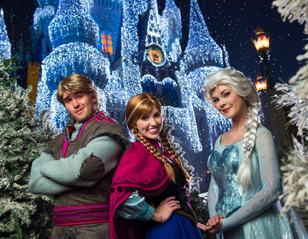A Frozen Holiday Wish (c)Disney
