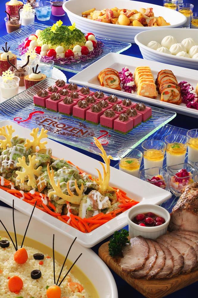 クリスタルパレス・レストランのイメージのブッフェイメージ (c)Disney