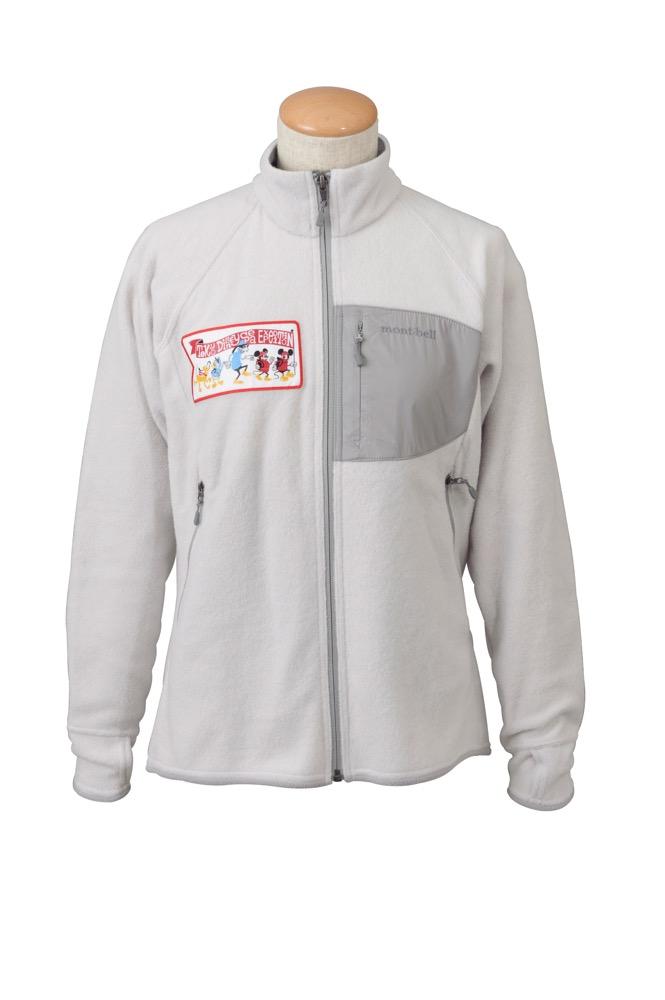フリースジャケット(レディース)各1万2000円 (c)Disney