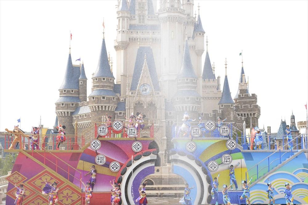 ディズニー夏祭り (c)Disney