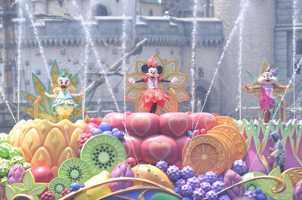 「ミニーのトロピカルスプラッシュ」  (c)Disney