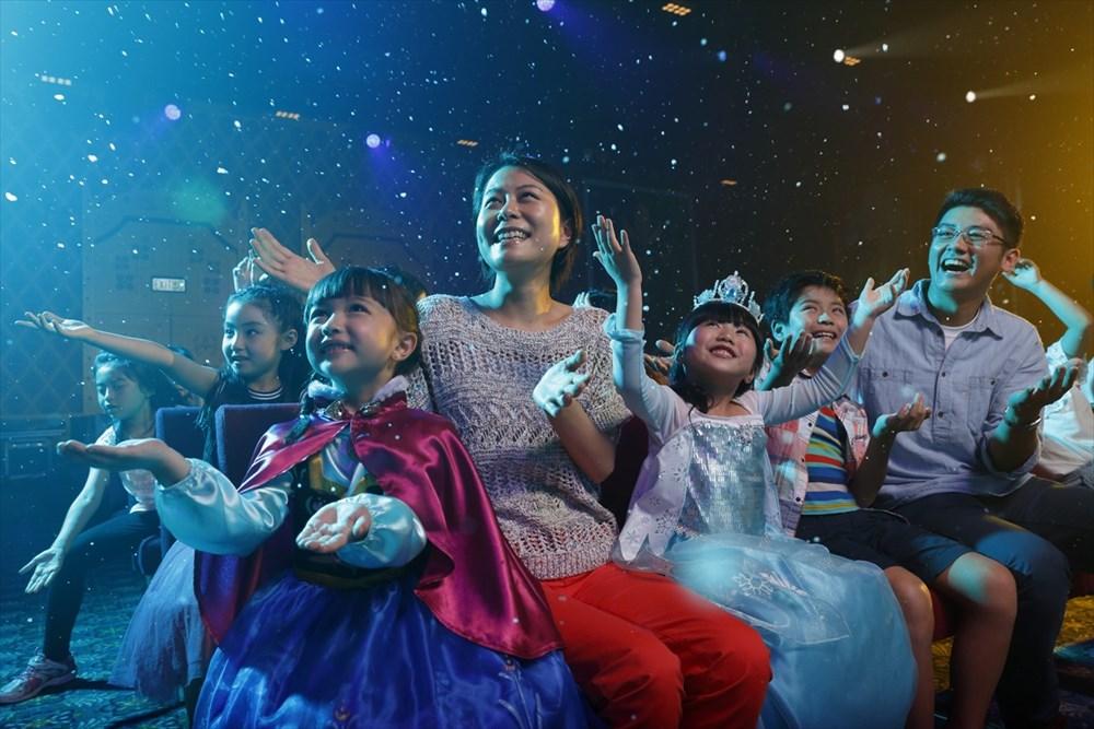 フローズン・フェスティバル・ショー (c)Disney