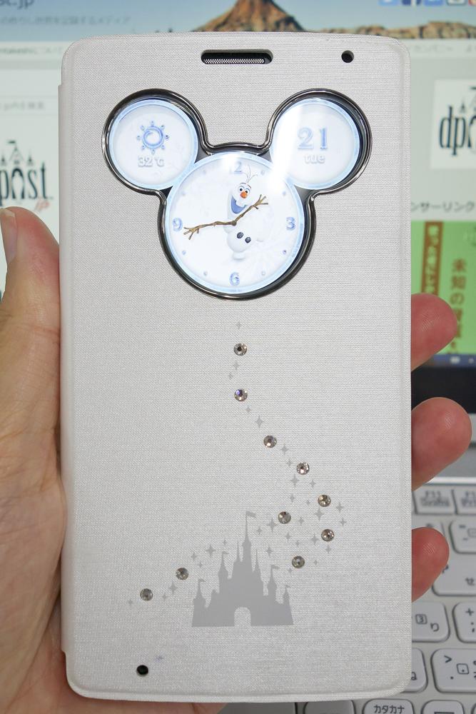 このミッキー型の窓にいろんなコンテンツを表示できます。これはアナと雪の女王から「オラフ」の時計。