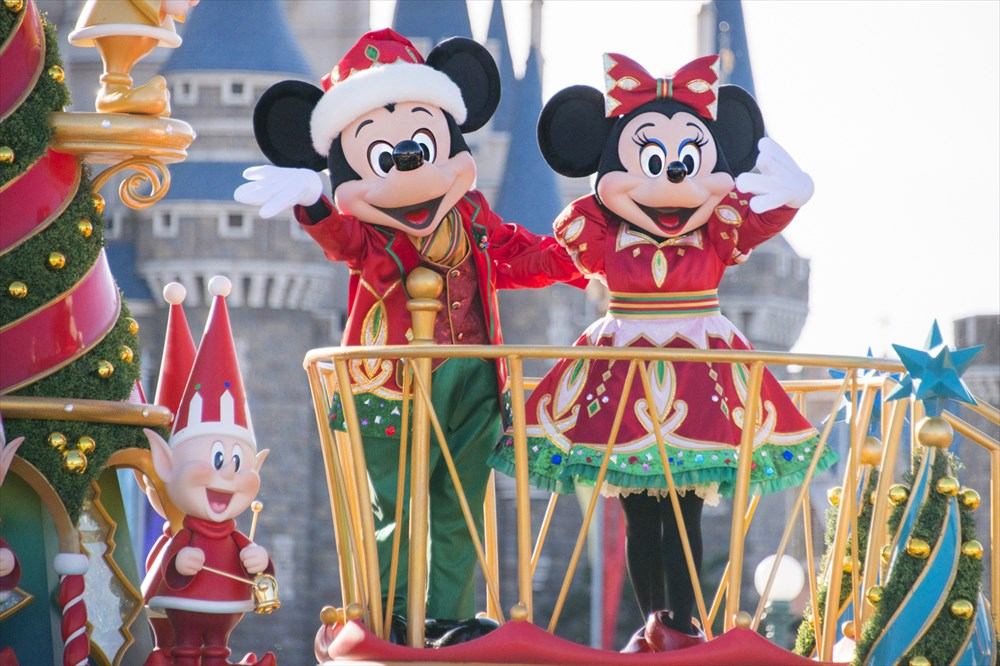 東京ディズニーランド「ディズニー・クリスマス・ストーリーズ」 (c)Disney