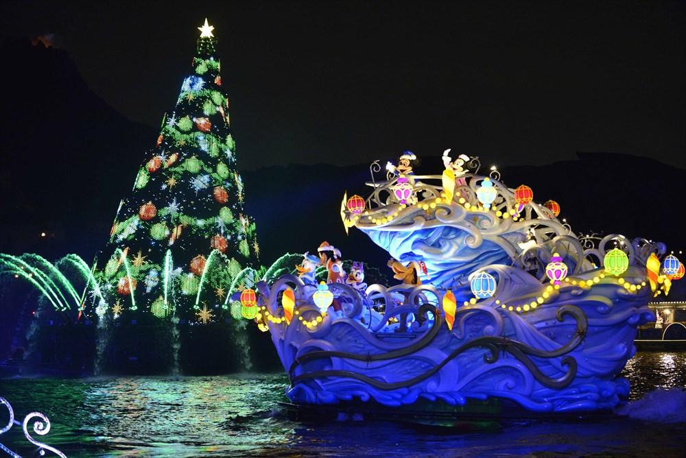 東京ディズニーシー 「カラー・オブ・クリスマス」 (c)Disney