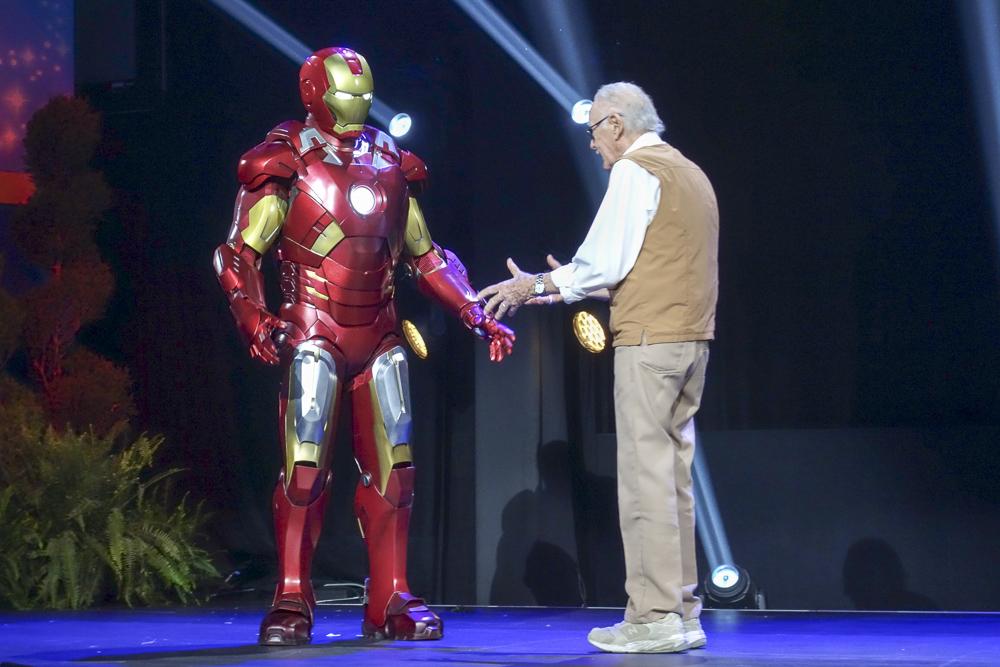 アイアンマンも登場しますが、スタン・リーの方が存在感が大きすぎて…