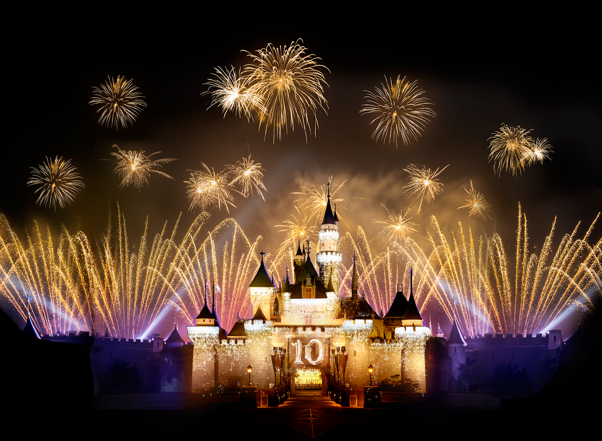 "In celebration of its 10th anniversary, Hong Kong Disney Resort today announced the kickoff of a yearlong ""Happily Ever After"" celebration that includes new entertainment and a new Fantasyland experience based on Disney fairy tales."