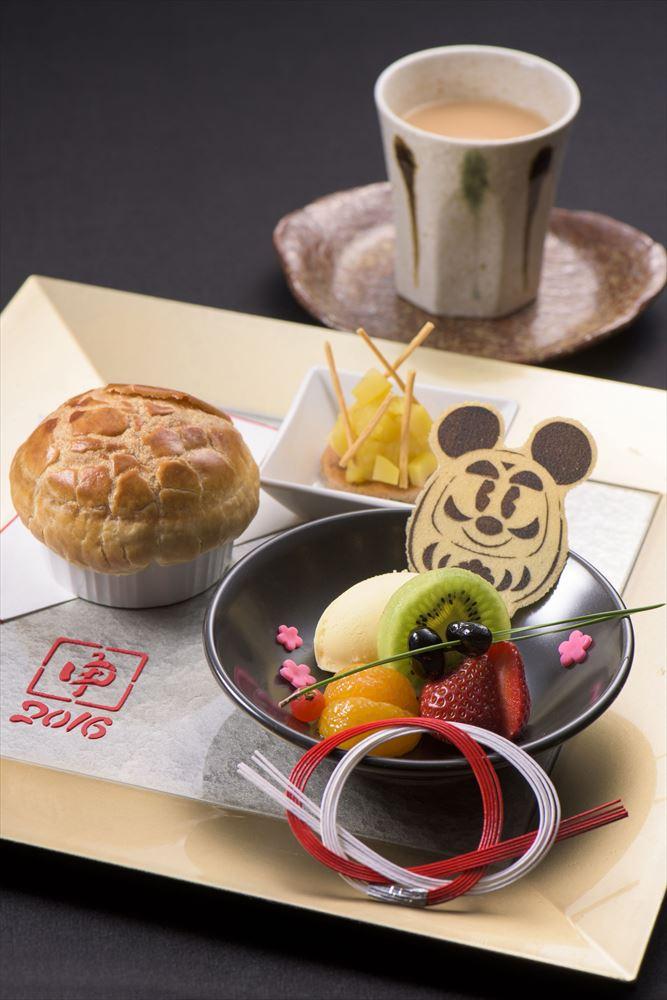 「ハイピリオン・ラウンジ」デザートセット 1800円 (c)Disney