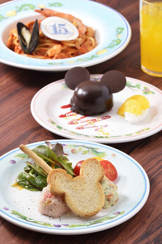 カフェ・ポルトフィーノ スペシャルセット 2190円 (c)Disney