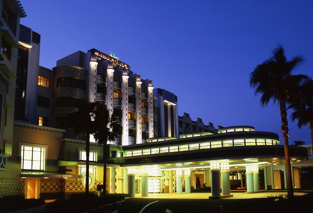 ディズニーアンバサダーホテル外観 (c)Disney