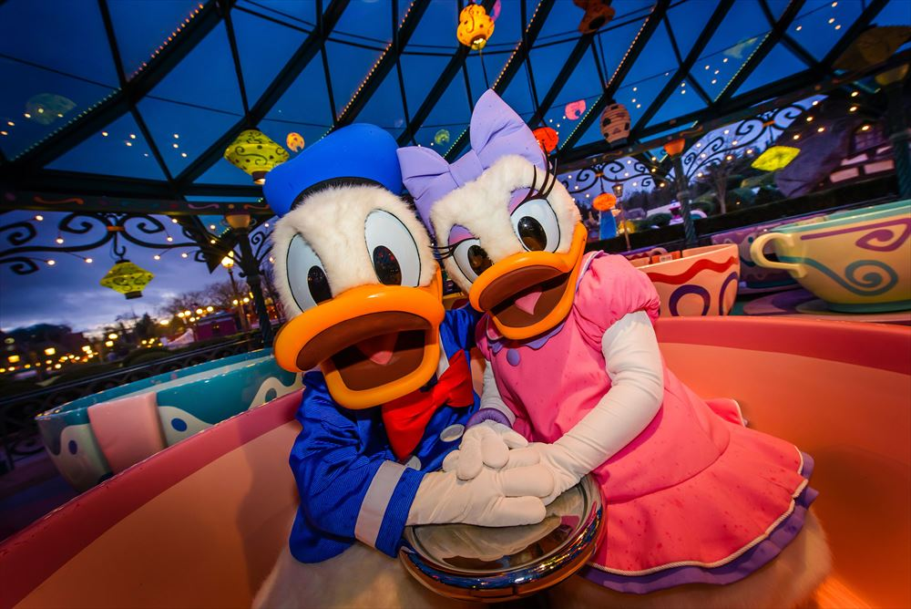Celebrate Valentine's Day at Disneyland Paris (c)Disney