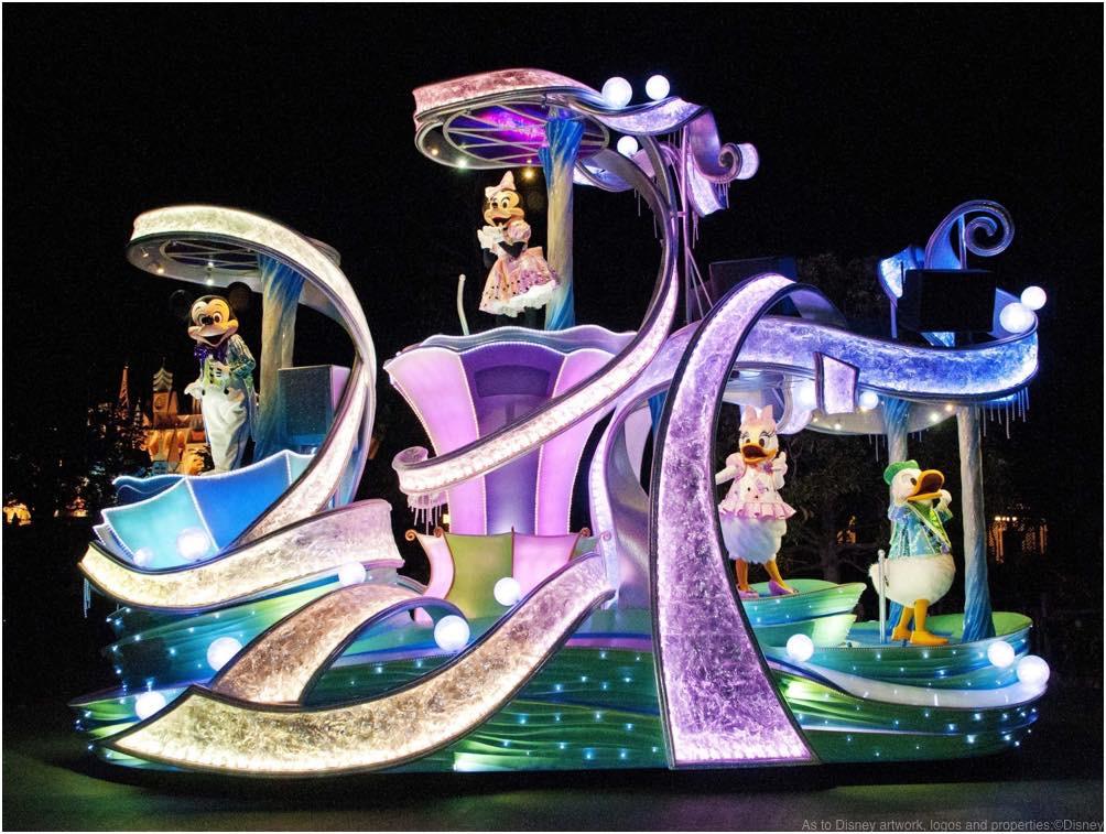 東京ディズニーランド「ナイトフォール・グロウ」 (c)Disney
