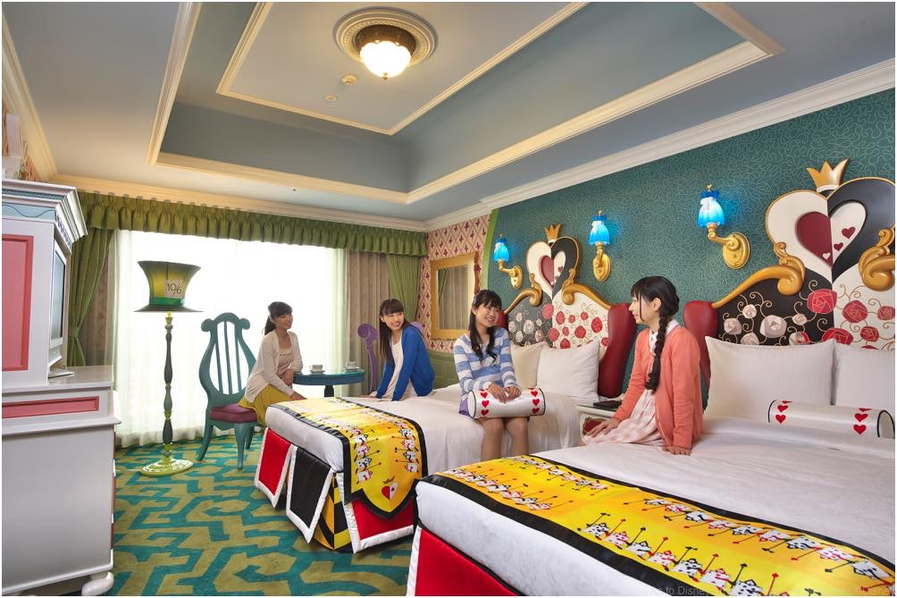ディズニーふしぎの国のアリスルーム(イメージ) (c)Disney