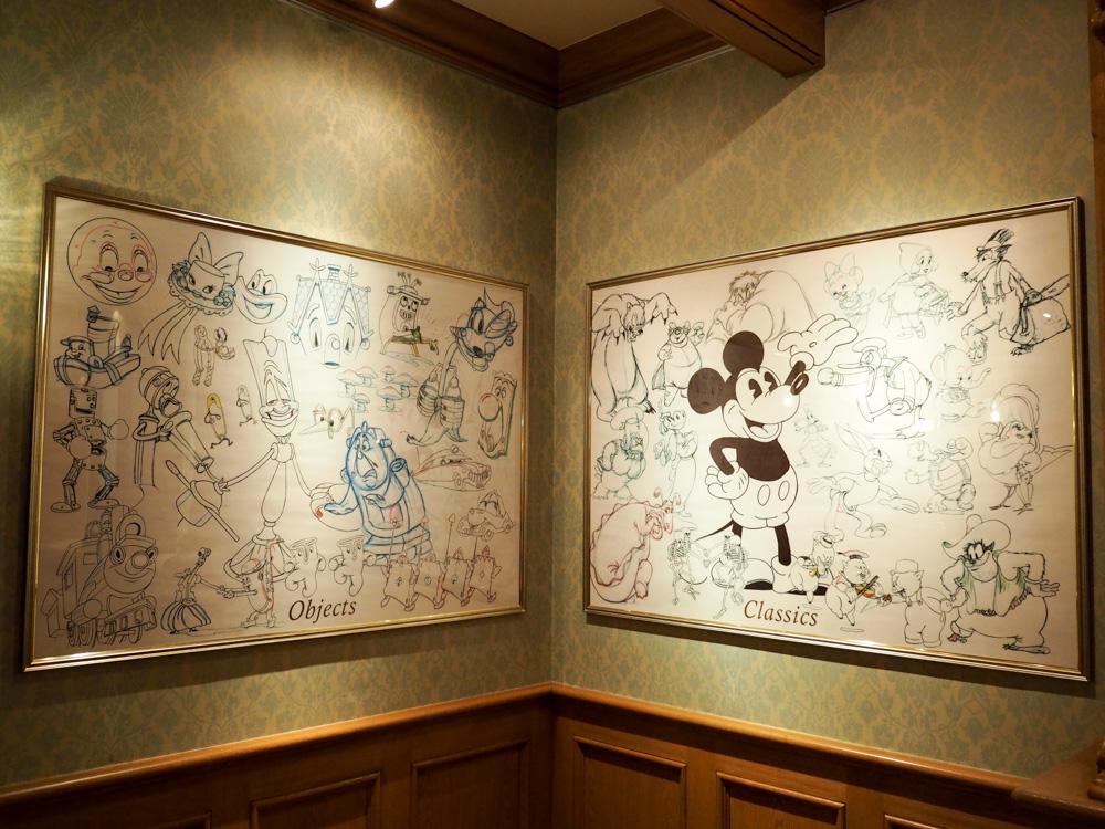 ディズニーギャラリーにはたくさんの作品が