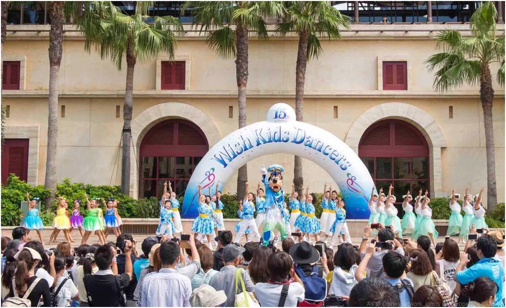 「ウィッシュ・キッズ・ダンサーズ」の様子 (c)Disney