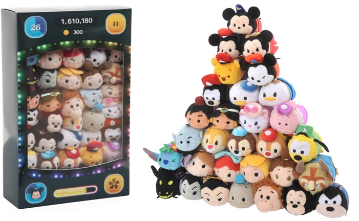 "TSUM TSUM 3周年記念ボックス  1万8000円 ©Disney ©DISNEY. Based on the ""Winnie the Pooh"" works by A.A.Milne and E.H. Shepard."