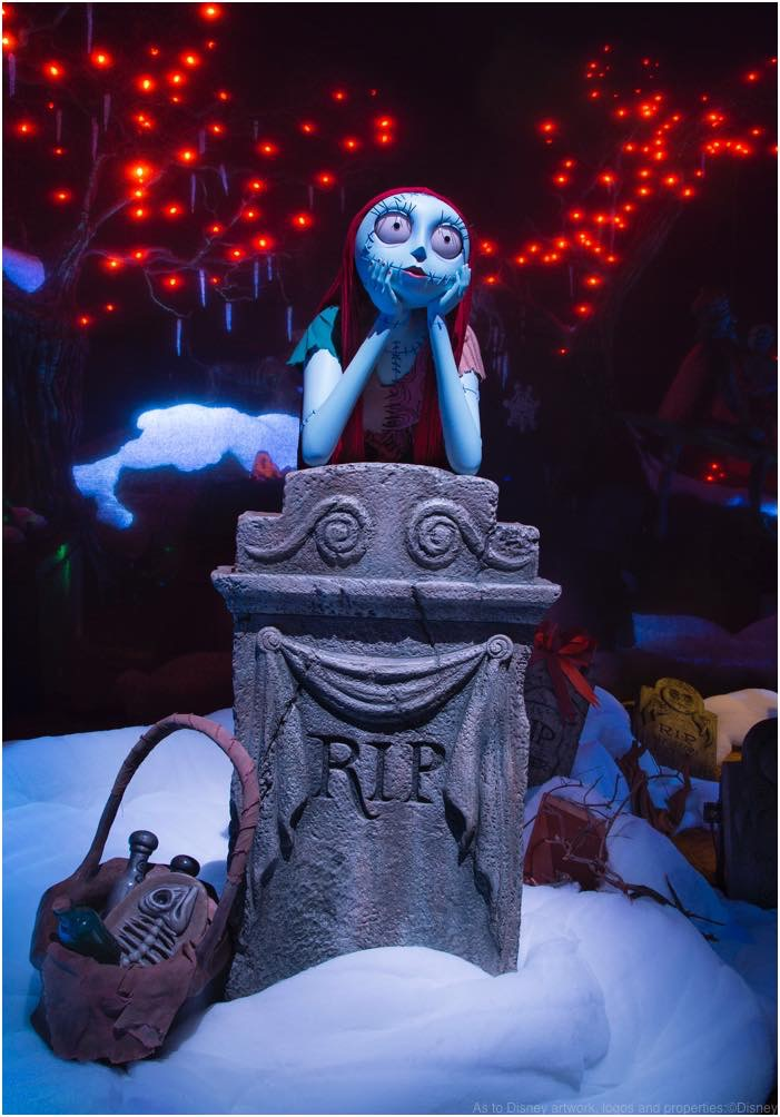 HAUNTED MANSION HOLIDAY RETURNS WITH NEW MAGIC As to Disney artwork, logos and properties:©Disney