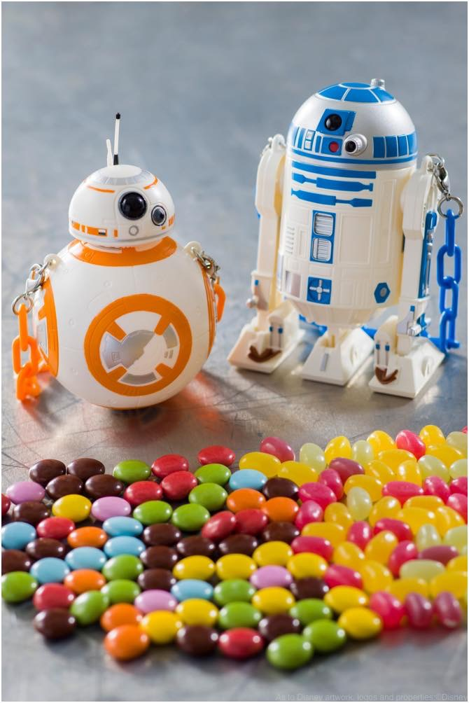 「BB-8」と「R2-D2」のミニスナックケース (c)Disney (c)&TMLucasfilm Ltd.