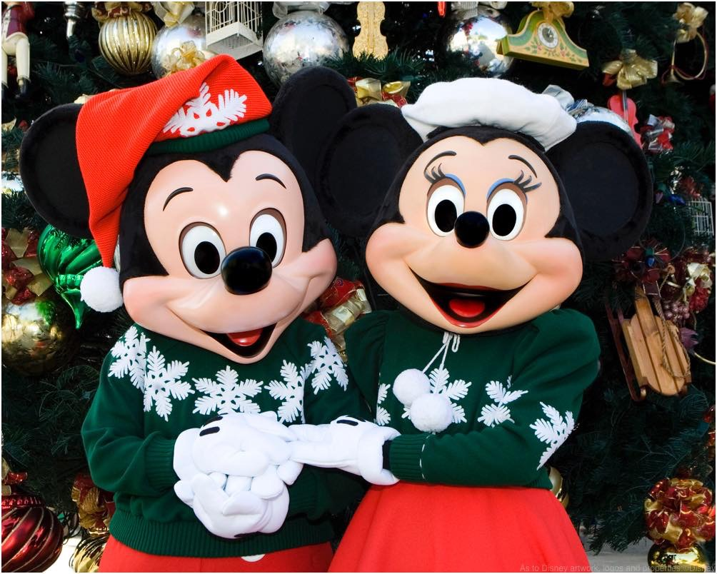 HOLIDAYS AT THE DISNEYLAND RESORT (ANAHEIM, Calif.)  As to Disney artwork, logos and properties:©Disney