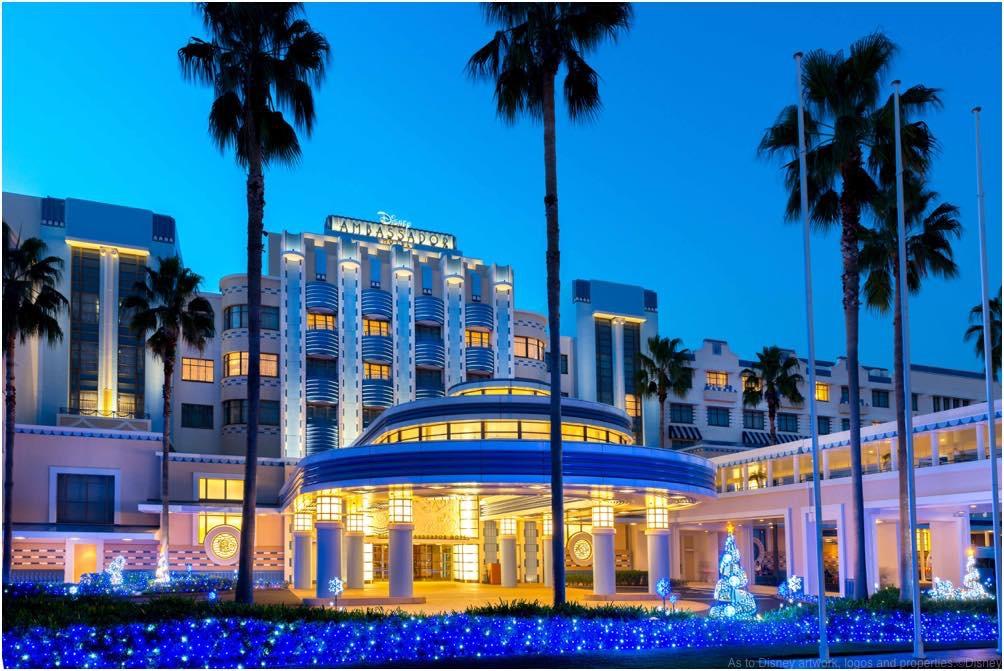 ディズニーアンバサダーホテル イルミネーション(ホテル外観) (c)Disney