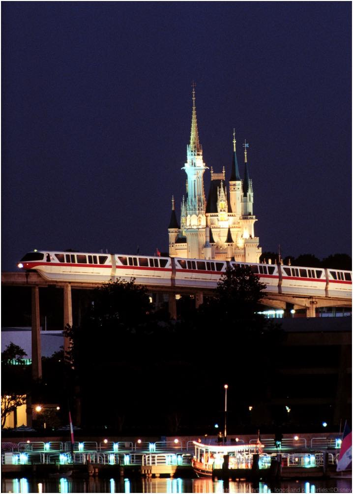 Highway in the Sky: Walt Disney World Resort Monorail  (c)Disney