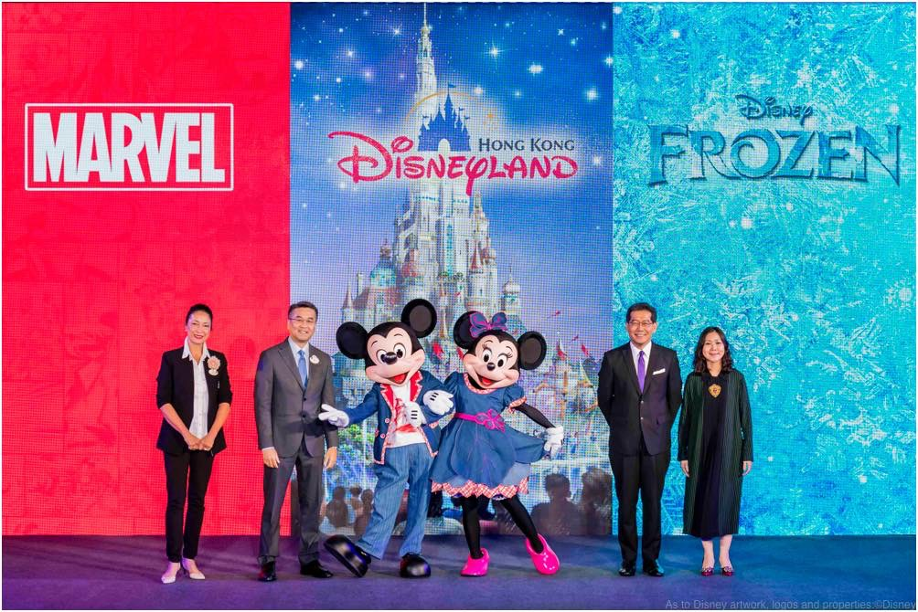 香港ディズニーランド拡張発表 グループフォト (c)Disney/Marvel