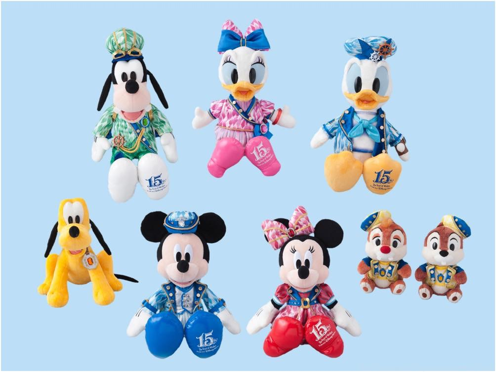 ぬいぐるみ/ぬいぐるみセット ミッキーマウス、ミニーマウス、ドナルドダック、デイジーダック、グーフィー 各5000円/ プルート 3800円/チップ&デール(セット)5800円 (c)Disney